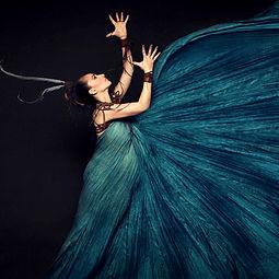 She Knows & Gabriela Gotschalk - Performer
