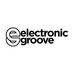 She Knows Premiere Electronic Groove - Natural Medicina