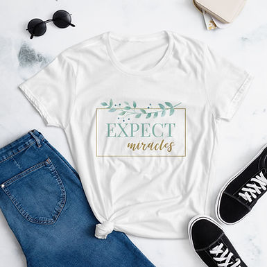 Expect Miracles | Women's short sleeve Chiro t-shirt