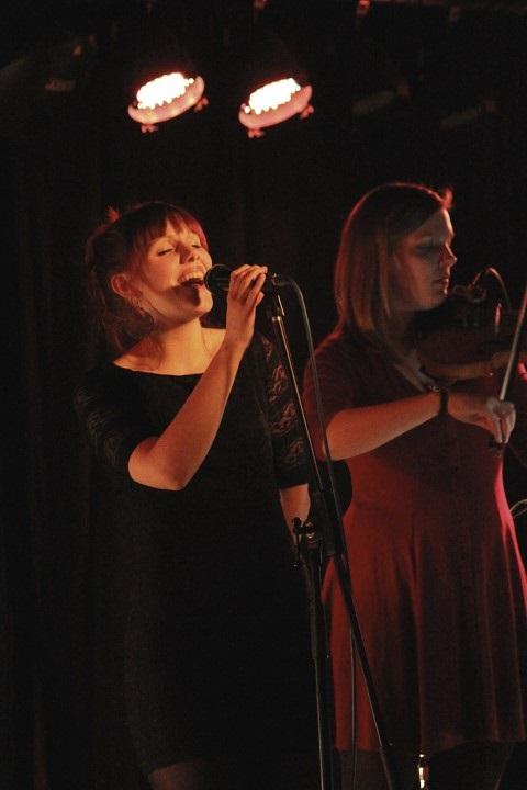 Amber Hill - Julia & Karla