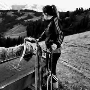 Was macht Sylvie Schuwey, Skilehrerin der Skischule Jaun, während des Sommers?