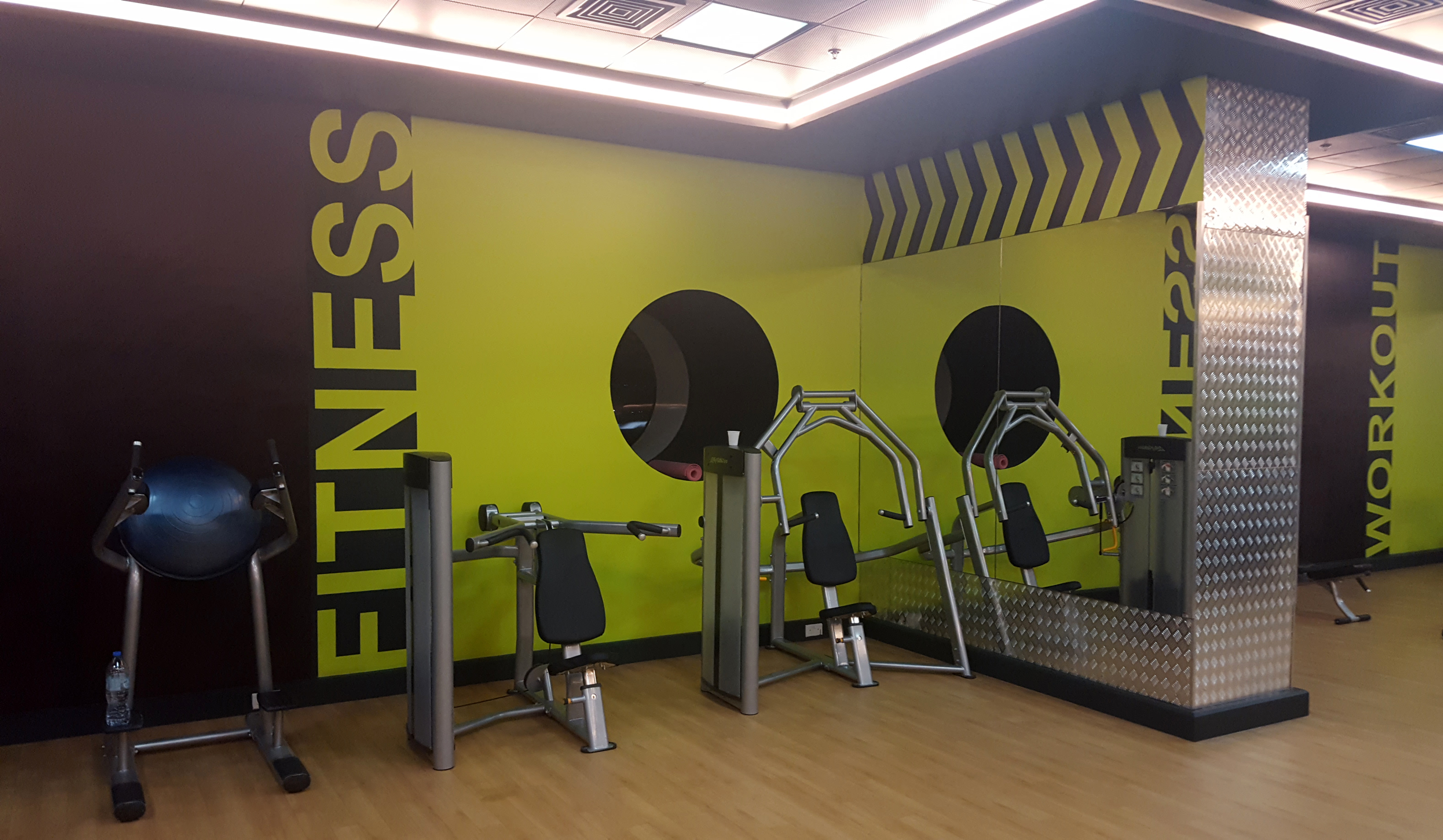Dpm interior design gym fitness centre