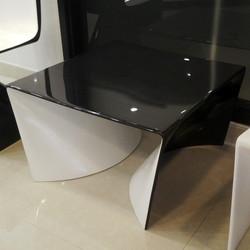 Square_B-Coffee Table