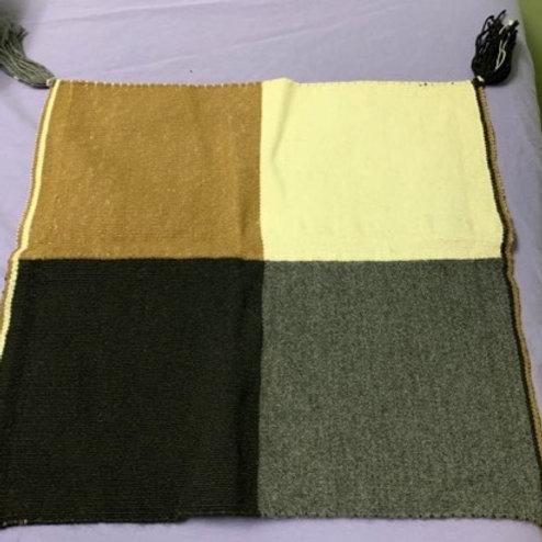 Wool Mesa Cloth - Hand made inPeru