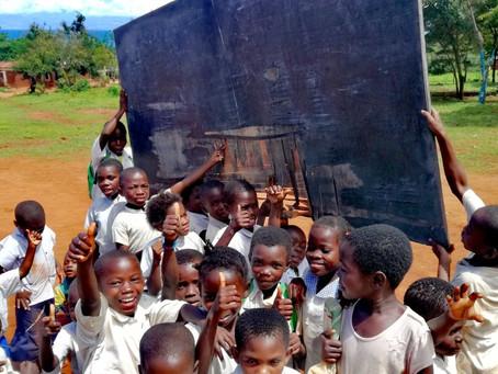 Wie de start van Dropping Hearts in DR Congo gemist heeft kijkt op 18 april naar Eclips TV om 18u40.