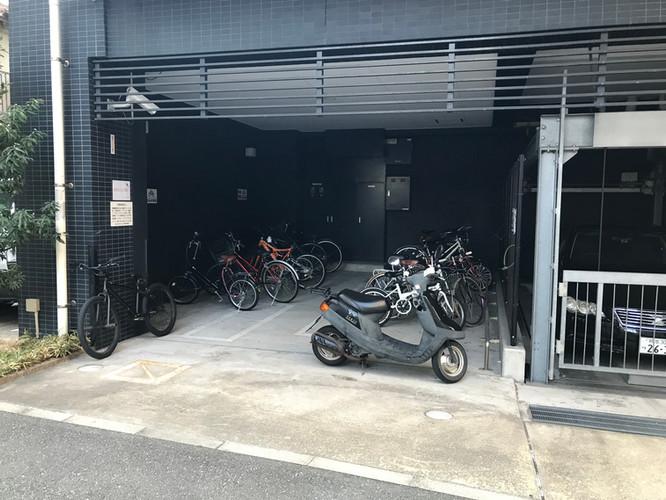 自転車・バイク置き場