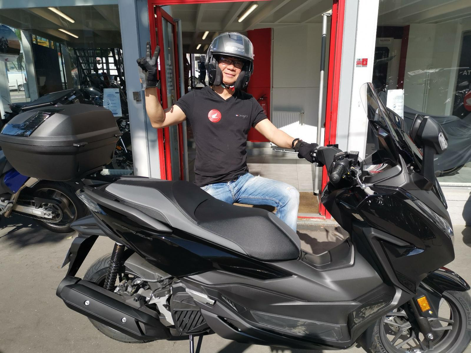 Livraison scooter Honda