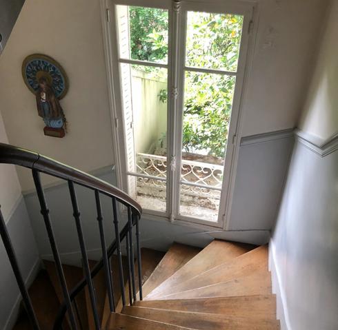 Escalier vue de haut.webp