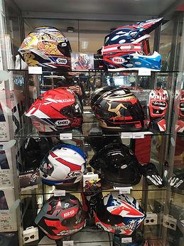 Nos casques chez 7ème Avenue_Concession Honda