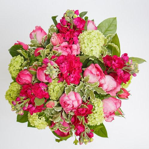 Un bouquet charmant et parfumé composé de fleurs d'originefrançaise