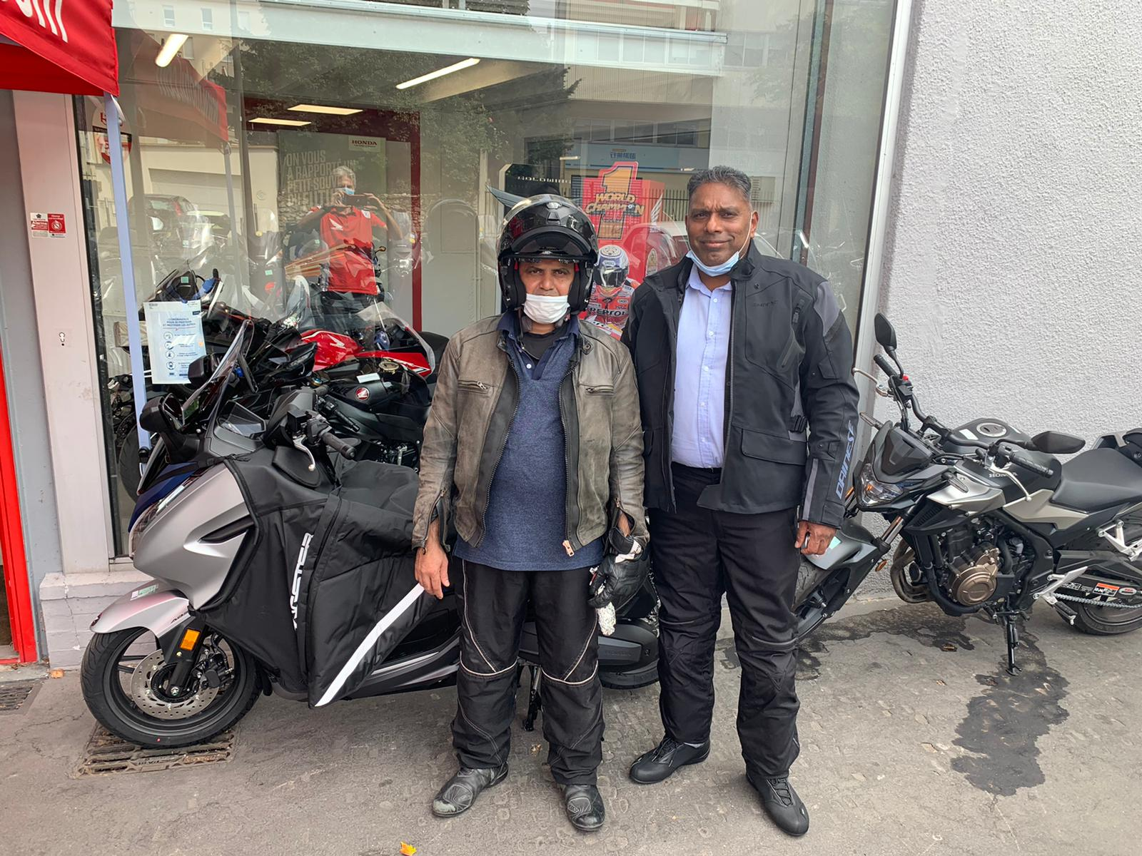 Livraison scooter Honda à Villejuif 94