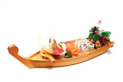 SUSHI & SASHIMI DINNER