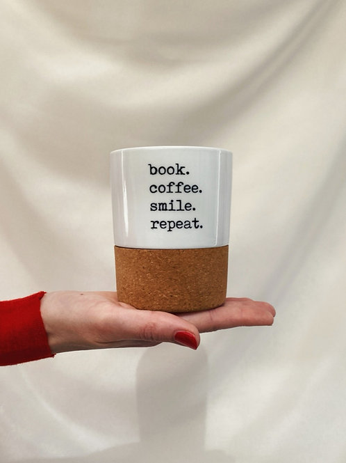 Tasse // Becher 'book. coffee. smile. repeat.'