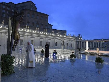 Papa Francisco: Abraçar o Senhor para abraçar a esperança