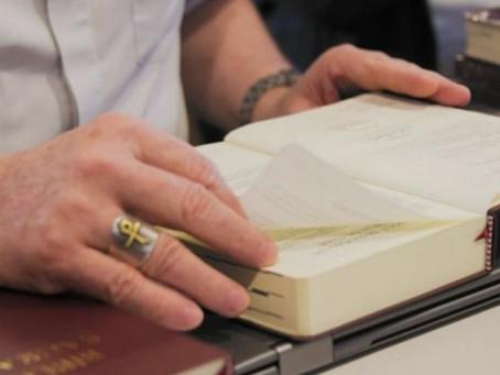 MÊS DA BÍBLIA: EXPERIÊNCIAS MARCAM PRESENÇA DA BÍBLIA NA VIDA E NA PASTORAL