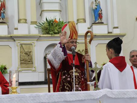 Bispo Diocesano Dom Vasconcelos testa positivo para covid-19