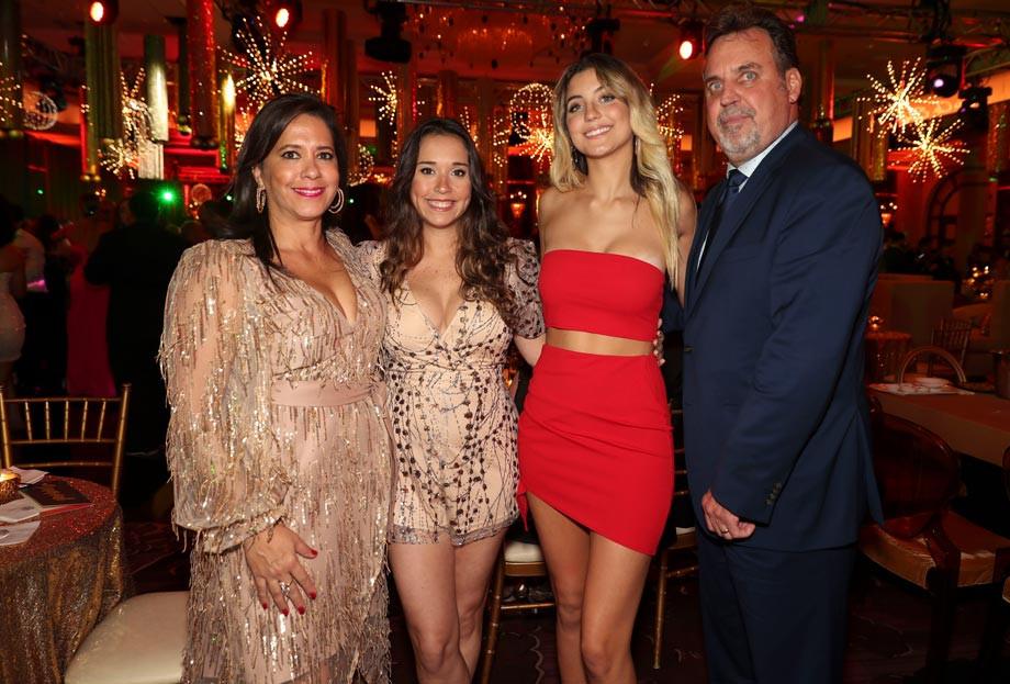 Tenssie, Tenssie, Alessandra y Fernando Lapetin