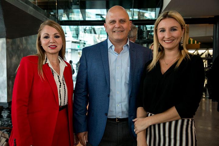 Mercedes Bellaflores, Jose Ayala e Irene Muñiz