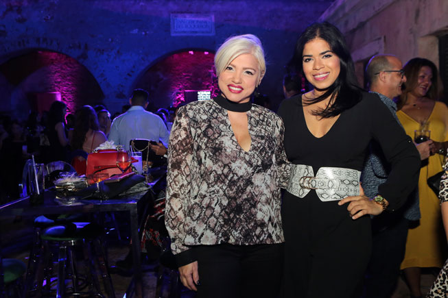 Dailyn Rivera y Adriana Sánchez.