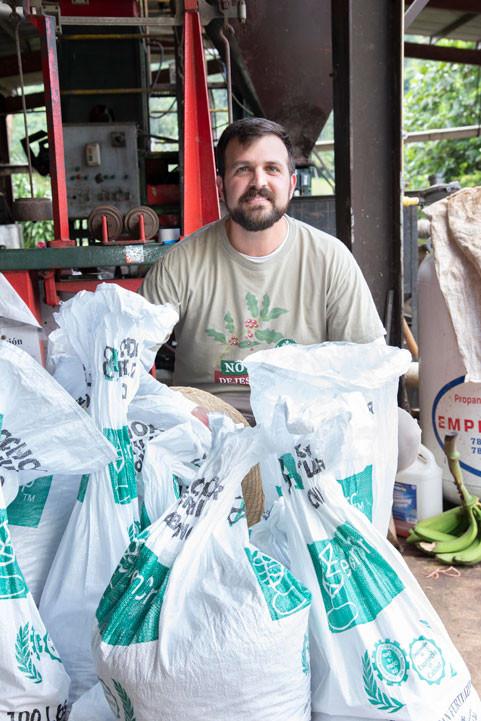 Jaime Luis Fonalledas, presidente de Baristas del Caribe, asegura que Starbucks seguirá trabajando para fortalecer la industria de café en Puerto Rico.