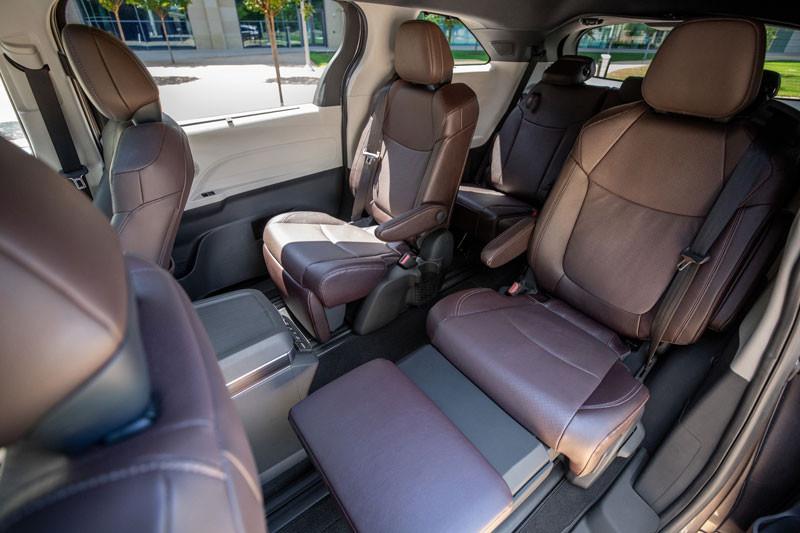 Interior, Toyota Sienna 2021.