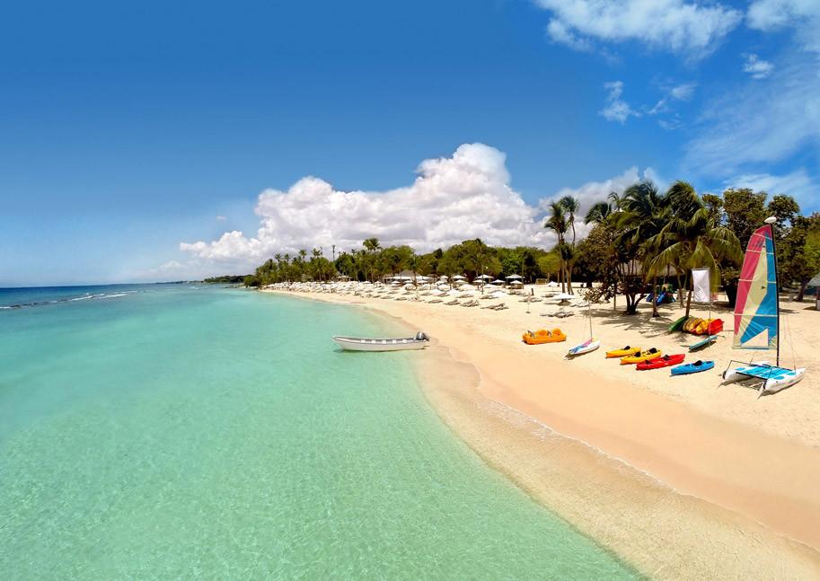 Minitas Beach, casa de campo, In Puerto Rico Magazine