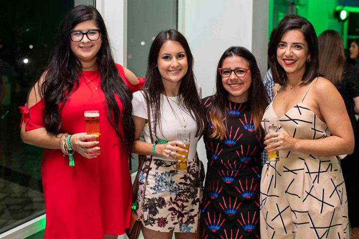 Silkia Adrovet, Cristina Arroyo, Geraldine Figueroa y Bianca Gorbea (sigue)