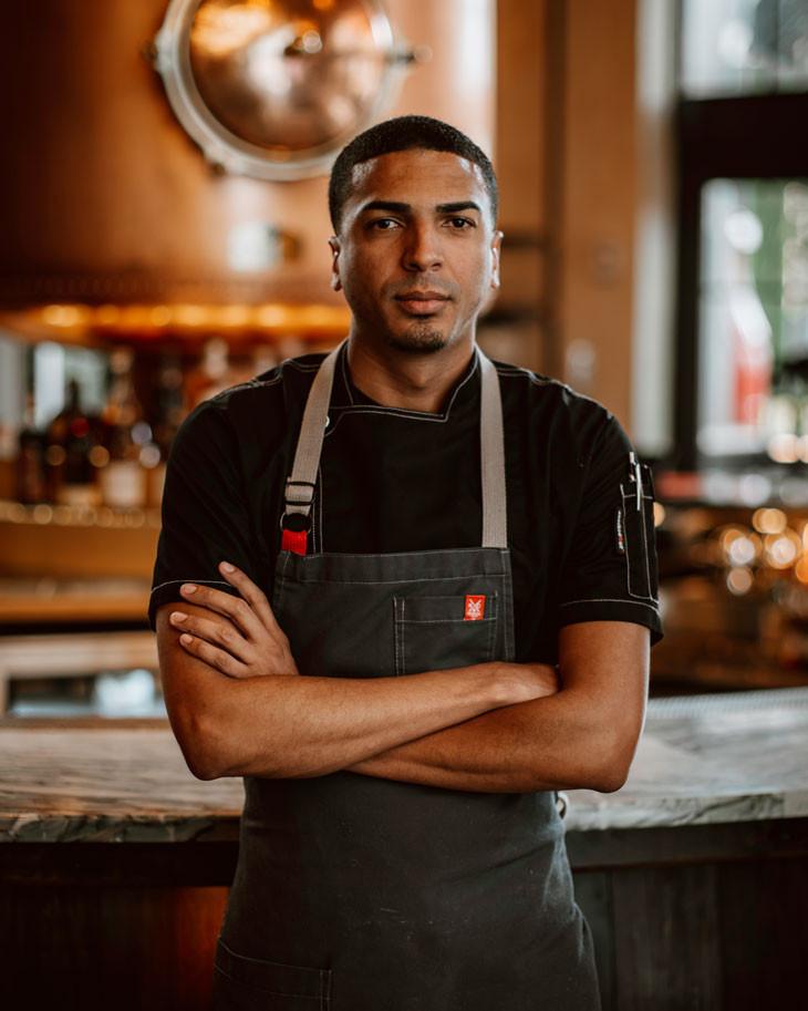 Chef Jose Cruz, La central, experiencia culinaria a la brasa