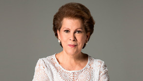 DRA. ANTONIA COELLO NOVELLO EXCIRUJANA GENERAL DE ESTADOS UNIDOS