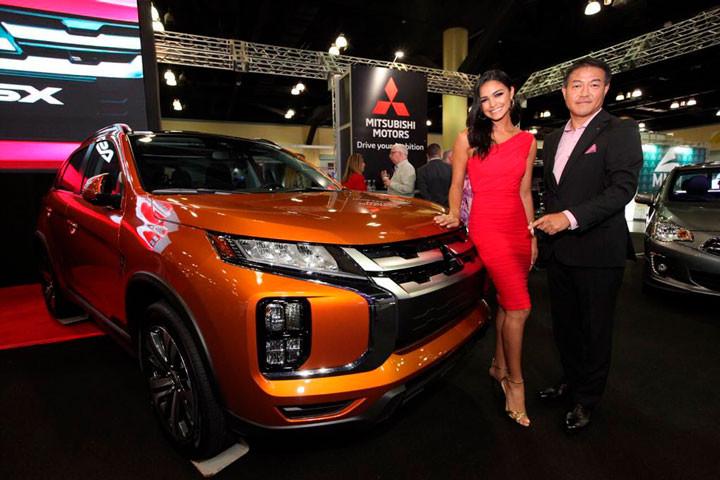 Presidente Takeshi Hara y Kiara Liz Ortega