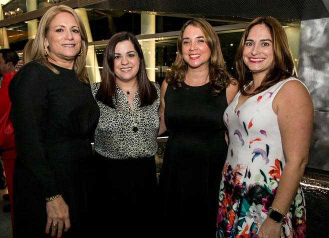 Licenciadas Maria E Castro, Denise Villamar, Myrta Ortiz y Cristina Fernandez.