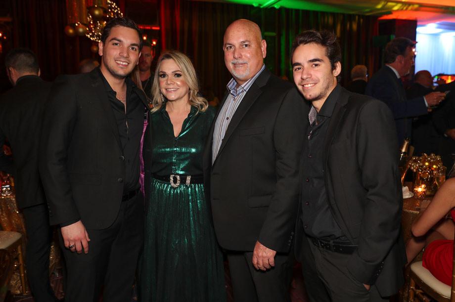 Ricardo, Nildy y Rafael Boschetti y Noel Berrios