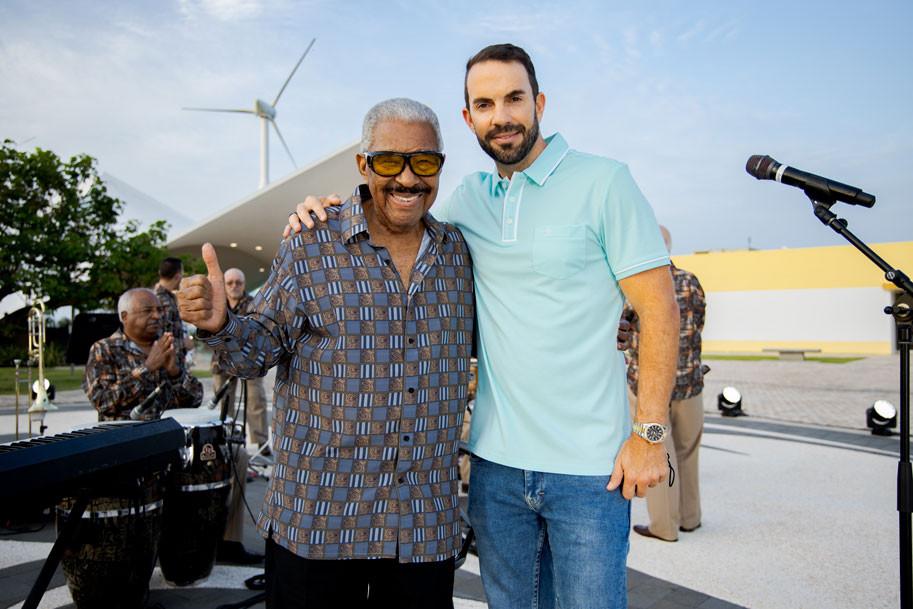 Rafael Ithier y el productor Paco López, rones de puerto rico