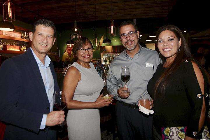 Edgar Vega, Sonia Torres, Juan Carlos Mendoza, Ana Collazo