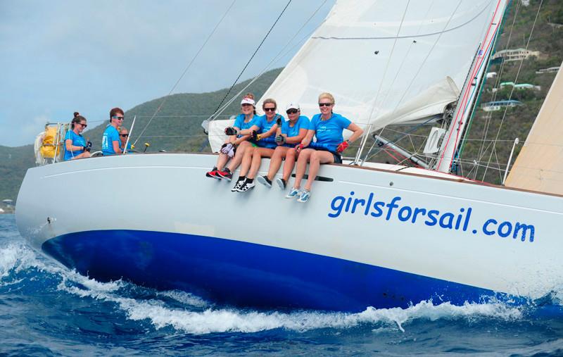 Girs For Sail es uno de los equipos femeninos que compiten en la Regatta para promover mayor participación femenina en las competencias de vela