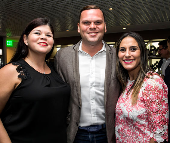 Frances Melendez, Javier Carrion y Marivel Ortiz.
