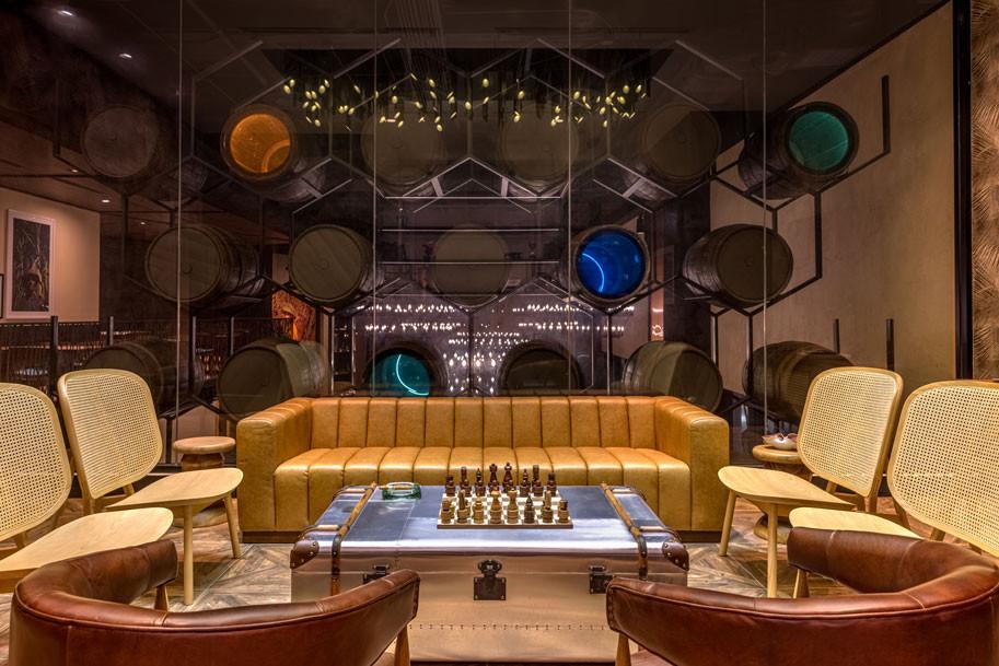 La Central, Cigar Room