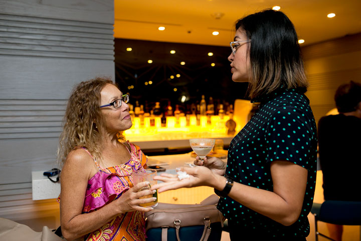 Robin Tierney y Adriana Lobos