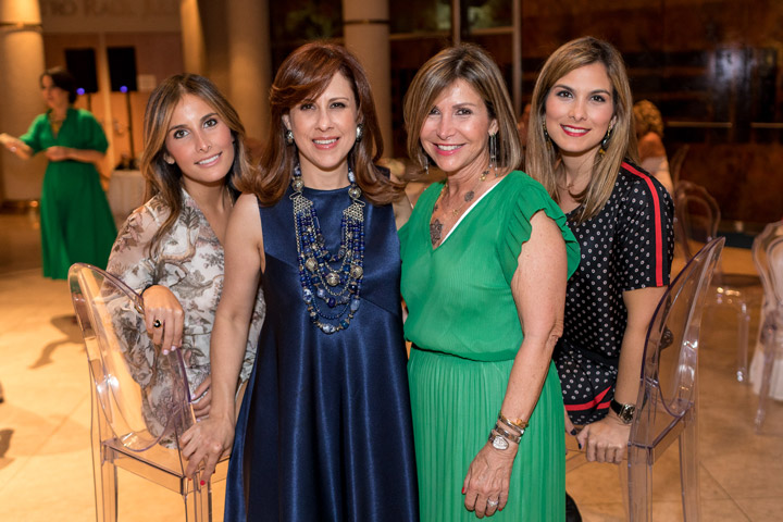 Michelle Vilas, Clavel Méndez, Alina Pica y Alina Vilas