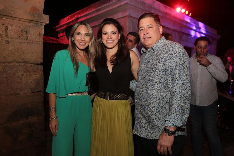 Laura Papaleo, Idris Burgos y Manuel Muchacho