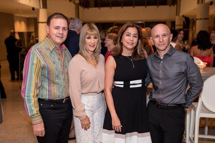 Dr. Roberto Rodríguez, Dra. Chamir Highley, Daisy y Carlos La Russa