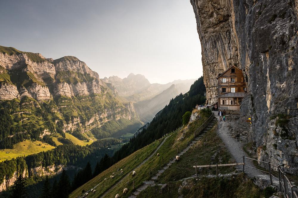 Aescher Cliff, Швейцария