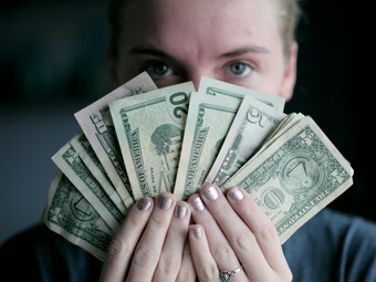 Как накопить денег, не ущемляя себя: 5 эффективных способов