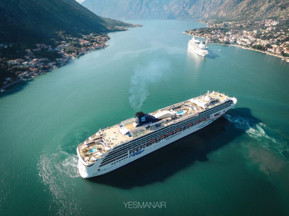 Круизные лайнеры в Черногории