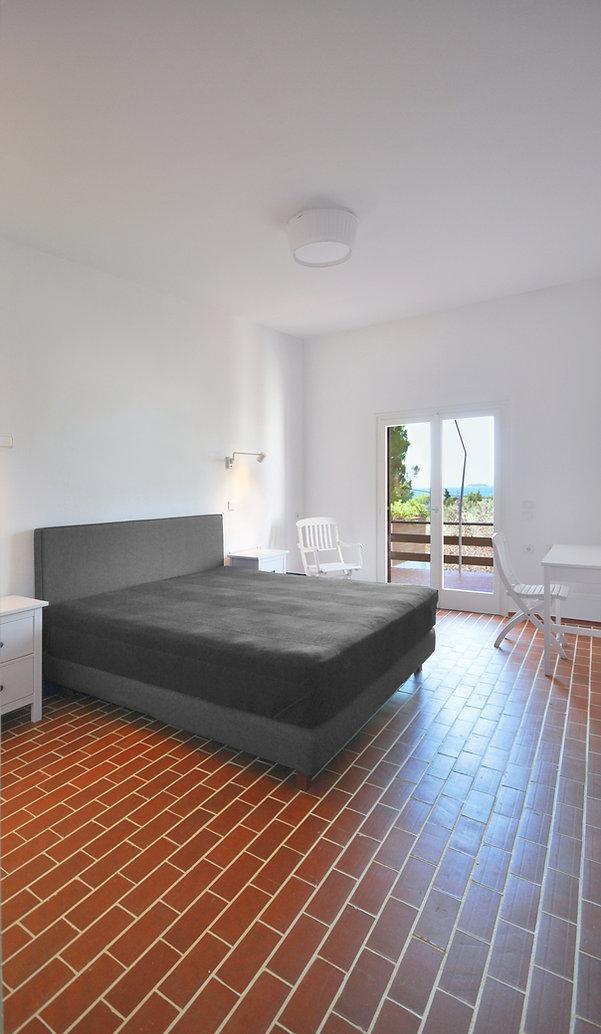 Bedroom 01.jpg