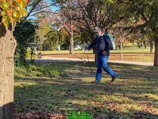 Weed spraying in Buffalo Lawn in Dubbo NSW
