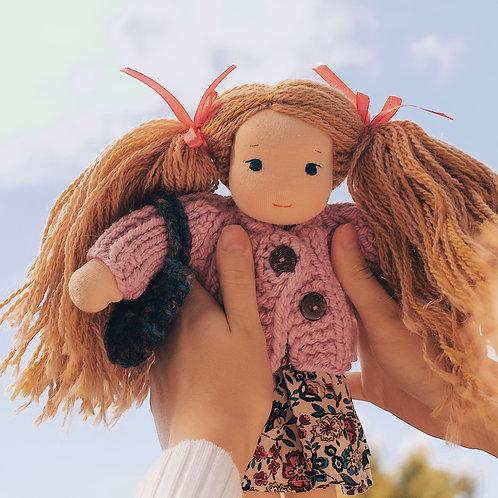 Девочка с двумя хвостиками