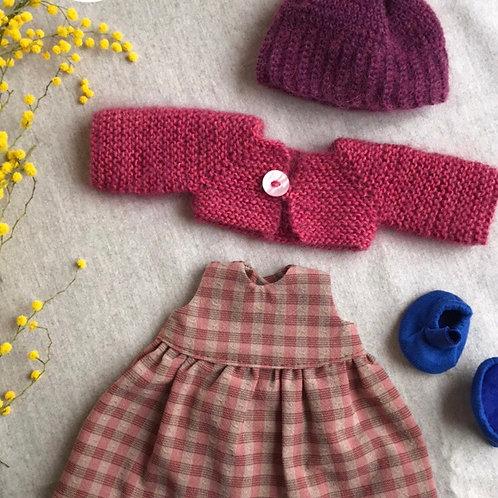 Комплект одежды для куклы.
