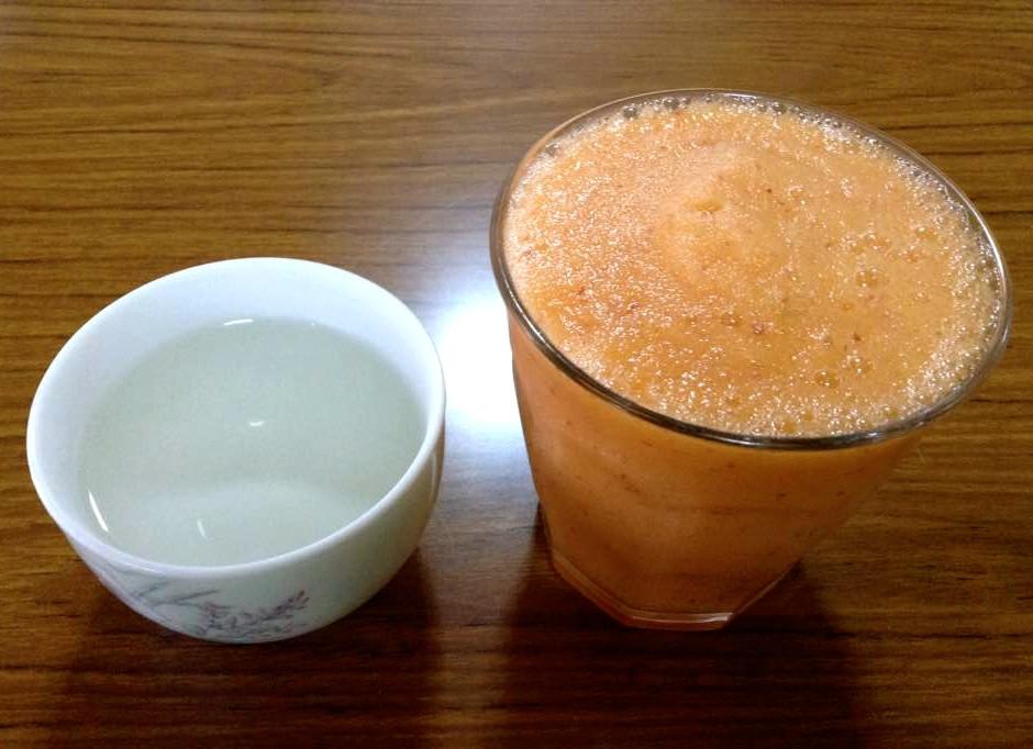 断食、酵素ジュース