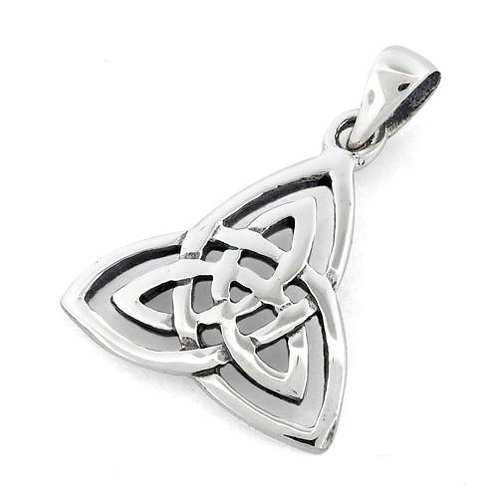 P-10 SMALL CELTIC TRINITY PENDANT